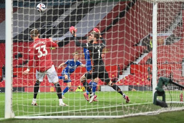 Man City chính thức vô địch Ngoại hạng Anh, Pep lập hàng loạt thành tích - Ảnh 1.
