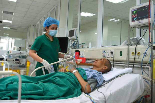 Điều gì xảy ra bên trong 2 tâm dịch Covid-19 ở Hà Nội: Tình hình của chúng tôi không phức tạp như nhiều người nghĩ - Ảnh 1.