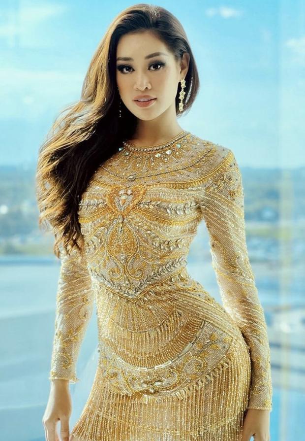 Từng gây tranh cãi ấy thế mà Khánh Vân lại ghi điểm tuyệt đối nhờ bộ cánh này, visual nổi bần bật giữa rừng mỹ nhân Miss Universe - Ảnh 9.