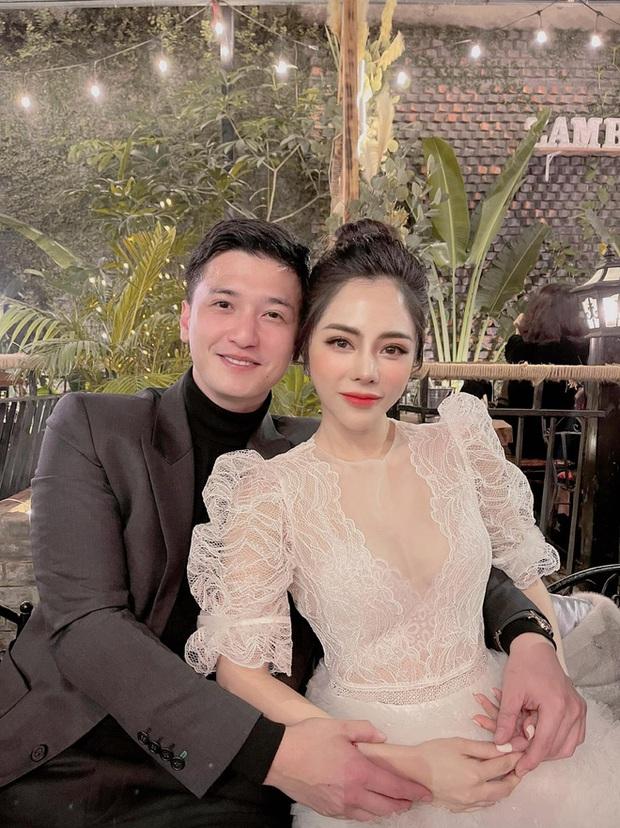 Vợ sắp cưới của Huỳnh Anh selfie theo tiêu chí mình đẹp là được, còn bạn trai mặt quạu ra sao cũng không quan trọng? - Ảnh 6.