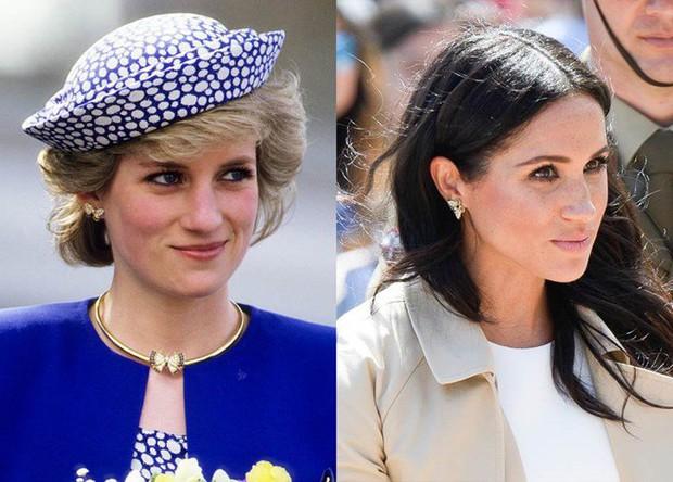 Meghan Markle lôi cả Công nương Diana vào cuộc chiến thách thức Hoàng gia Anh, bằng chứng ở một món phụ kiện nhỏ xíu - Ảnh 10.