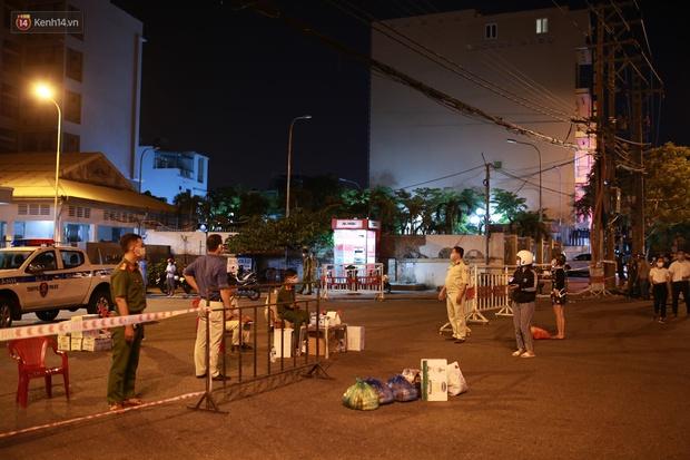 Đà Nẵng phát hiện hơn 30 ca dương tính SARS-CoV-2 mới: Phong tỏa khẩn cấp khu công nghiệp, xét nghiệm 700 người trong đêm - Ảnh 5.