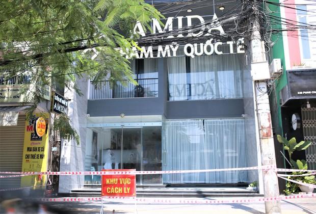 Tiết lộ lý do khởi tố vụ án vi phạm phòng chống dịch tại thẩm mỹ viện AMIDA ở Đà Nẵng - Ảnh 1.