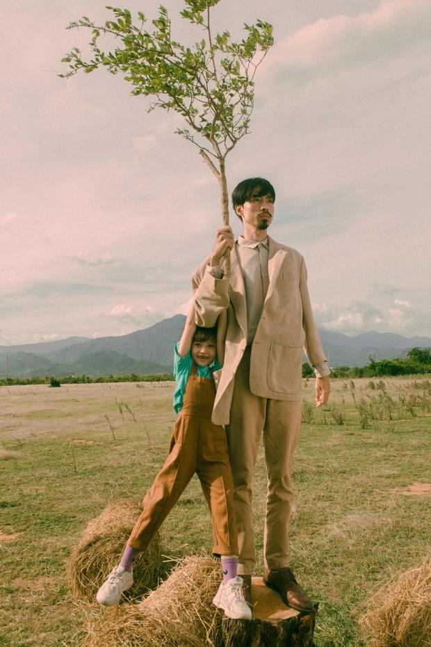 Đen Vâu ẩn ý Đ trái tim H trong MV Trốn Tìm: HHen Niê, Binz nhưng đạo diễn lại giải thích đầy phũ phàng - Ảnh 2.