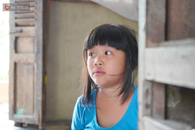 3 đứa trẻ bệnh tật, đói ăn trong căn chòi rách nát: Mấy bạn nói nhà con nghèo, có anh trai bại não nên không được chơi chung - Ảnh 7.
