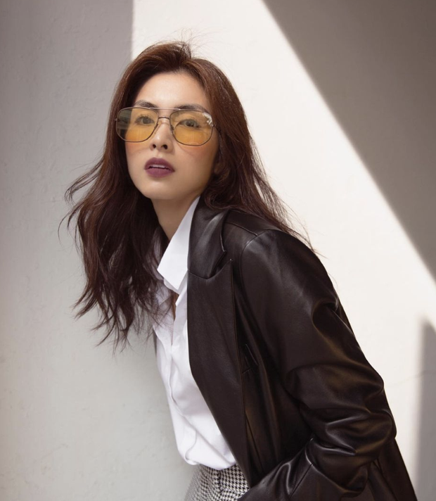 Đào lại ảnh của Hà Tăng năm 17 tuổi: Xứng danh ngọc nữ đẹp và thần thái, tóc ngắn cá tính ngời ngời khí chất đại mỹ nhân - Ảnh 5.