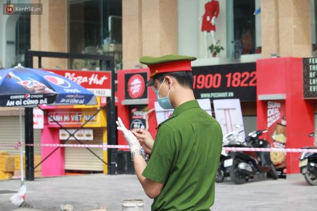 Hà Nội: Phong tỏa tạm thời Chung cư Hồ Gươm Plaza sau khi ghi nhận ca dương tính với SARS-CoV-2 - Ảnh 11.