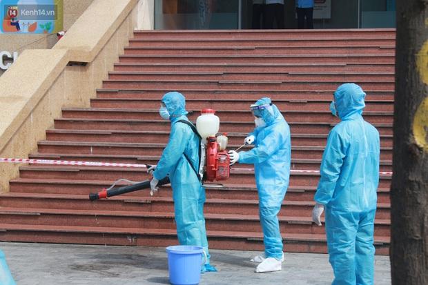 Hà Nội: Phong tỏa tạm thời Chung cư Hồ Gươm Plaza sau khi ghi nhận ca dương tính với SARS-CoV-2 - Ảnh 4.