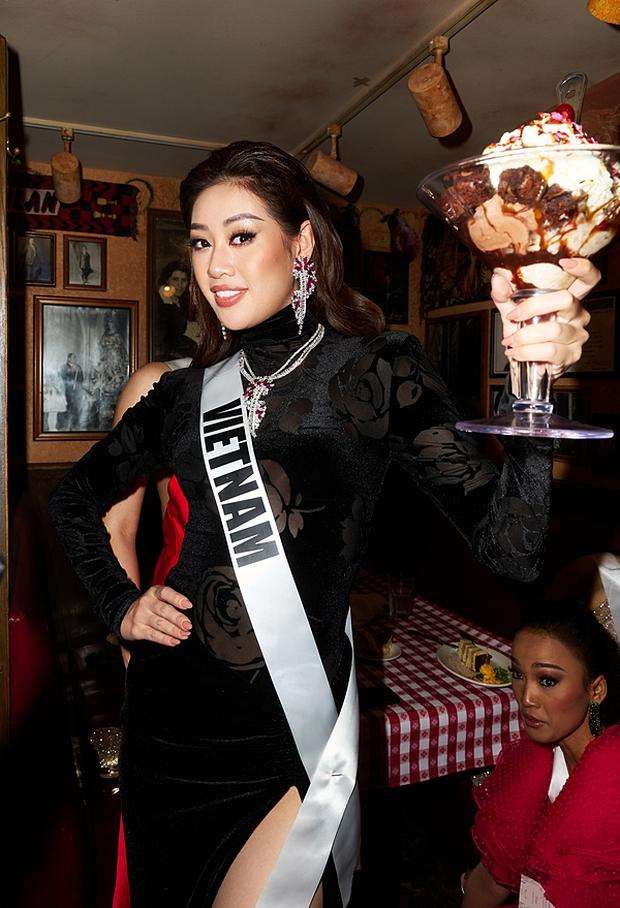 Khánh Vân lồ lộ khuyết điểm trên khuôn mặt trong ảnh đi ăn tối với dàn mỹ nhân Miss Universe, may vẫn ghi điểm nhờ lý do này - Ảnh 3.