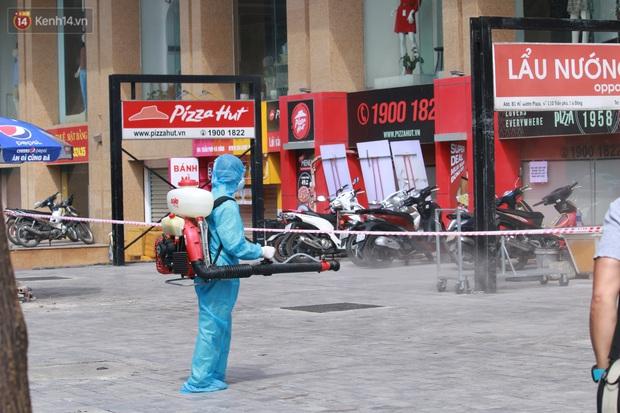 Hà Nội: Phong tỏa tạm thời Chung cư Hồ Gươm Plaza sau khi ghi nhận ca dương tính với SARS-CoV-2 - Ảnh 3.