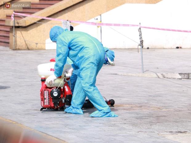 Hà Nội: Phong tỏa tạm thời Chung cư Hồ Gươm Plaza sau khi ghi nhận ca dương tính với SARS-CoV-2 - Ảnh 6.