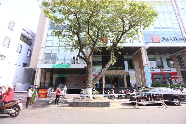 Tiết lộ lý do khởi tố vụ án vi phạm phòng chống dịch tại thẩm mỹ viện AMIDA ở Đà Nẵng - Ảnh 2.