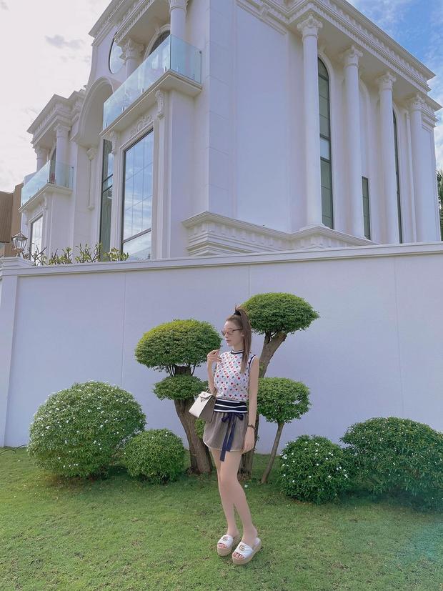Đẳng cấp quà cáp của phu nhân hào môn: từ hàng hiệu đến villa triệu đô, món nào cũng khiến netizen trầm trồ mãi không thôi - Ảnh 9.