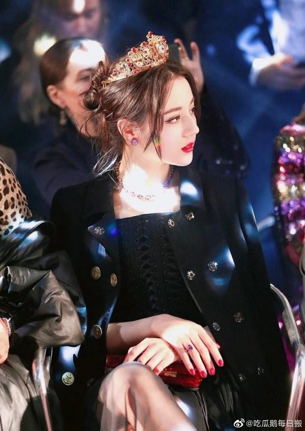 Khi fan xịn xả ảnh chụp idol: Nhiệt Ba có khung hình huyền thoại, Dương Mịch bị đè bẹp bởi Triệu Lệ Dĩnh - Nghê Ni - Ảnh 3.