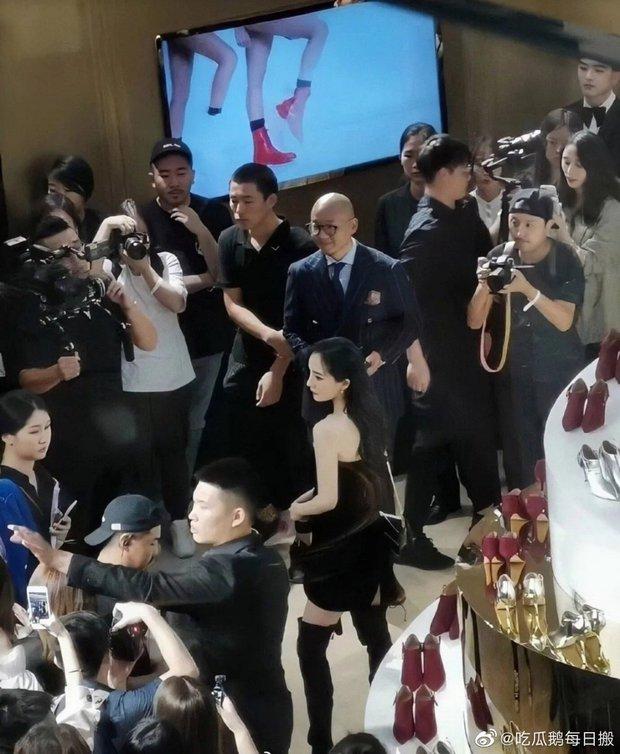 Khi fan xịn xả ảnh chụp idol: Nhiệt Ba có khung hình huyền thoại, Dương Mịch bị đè bẹp bởi Triệu Lệ Dĩnh - Nghê Ni - Ảnh 6.