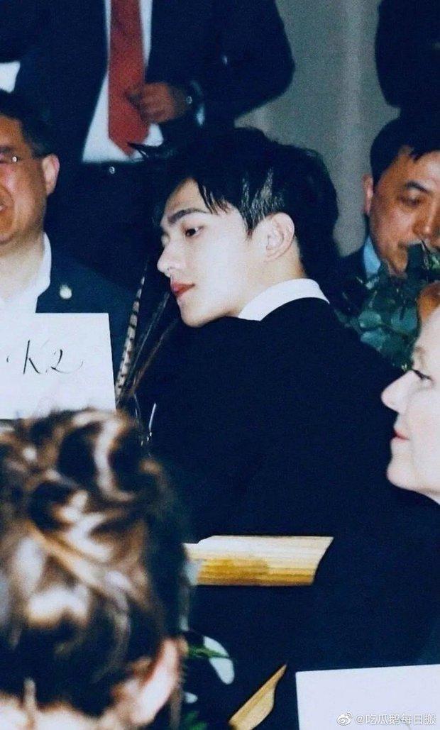 Khi fan xịn xả ảnh chụp idol: Nhiệt Ba có khung hình huyền thoại, Dương Mịch bị đè bẹp bởi Triệu Lệ Dĩnh - Nghê Ni - Ảnh 8.