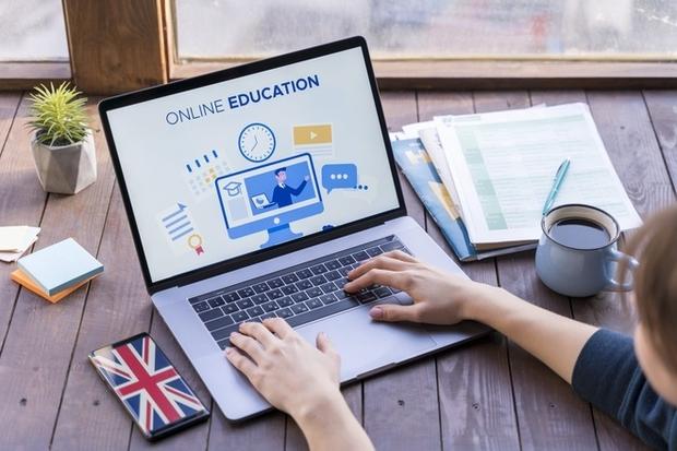 Học trực tuyến kéo dài, nhiều học sinh Mỹ có vấn đề về sức khỏe tâm thần - Ảnh 1.