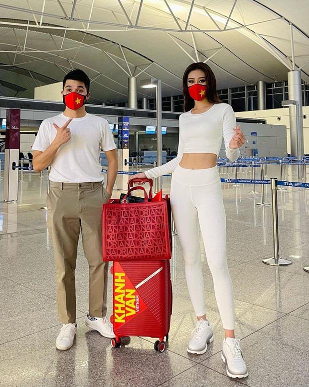 Hoa hậu Khánh Vân có 1 loạt giày dép diện vào là như thắp sáng cả set đồ, chị em không tìm mua thì hơi bị phí! - Ảnh 2.