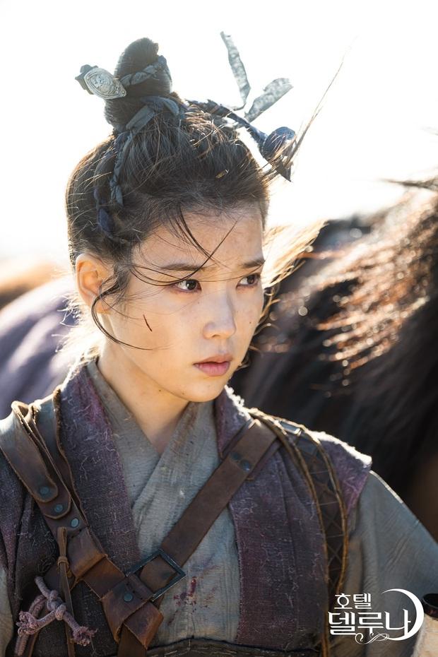 Bộ tứ idol Hàn đẹp hút hồn khi hóa mỹ nữ cổ trang: IU hay Yoona mới là chân ái của đời bạn? - Ảnh 11.