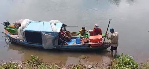 Ngăn chặn kịp thời 9 người nhập cảnh trái phép từ Campuchia về Việt Nam - Ảnh 1.