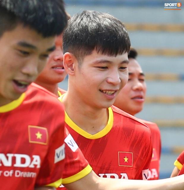 Viên ngọc thô Liễu Quang Vinh và lời cảm ơn chân thành đến HLV Park Hang-seo - Ảnh 1.