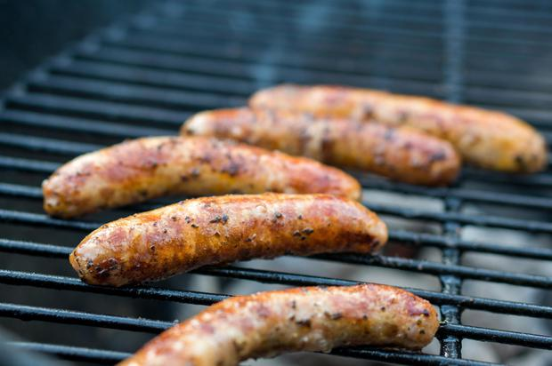 Thường xuyên ăn 2 loại thịt quen thuộc, nữ giới có nguy cơ mắc bệnh ung thư vú lúc nào chẳng hay - Ảnh 2.