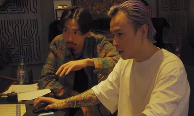 Đen Vâu ẩn ý Đ trái tim H trong MV Trốn Tìm: HHen Niê, Binz nhưng đạo diễn lại giải thích đầy phũ phàng - Ảnh 5.