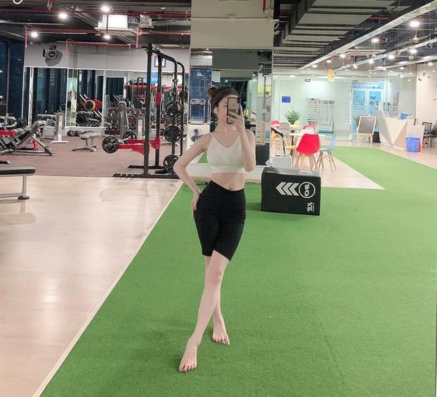 Bồ tin đồn Quang Hải bất ngờ xuất hiện trên đường đua bikini, chứng minh vị trí ở phái chân dài chỉ bằng một con ảnh - Ảnh 5.