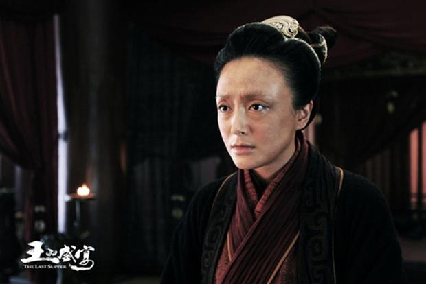 Mỹ nhân Hoa ngữ phá dáng vì vai diễn: Dương Tử tăng 8kg, Chung Hân Đồng ăn 5 bữa một ngày vẫn chưa đáng nể bằng trùm cuối - Ảnh 5.
