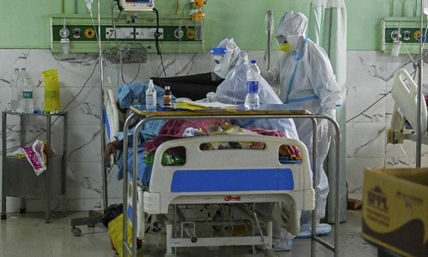 Vụ án gây phẫn nộ giữa địa ngục Covid Ấn Độ: Nữ bệnh nhân bị y tá cưỡng hiếp trong bệnh viện, tử vong ngay sau đó - Ảnh 1.