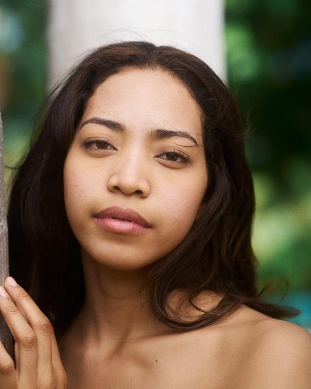 Chụp ảnh mặt mộc nhưng thí sinh Miss Universe vẫn gắn mi giả dày cộm, nhìn mà thấy kém đẹp làm sao - Ảnh 7.