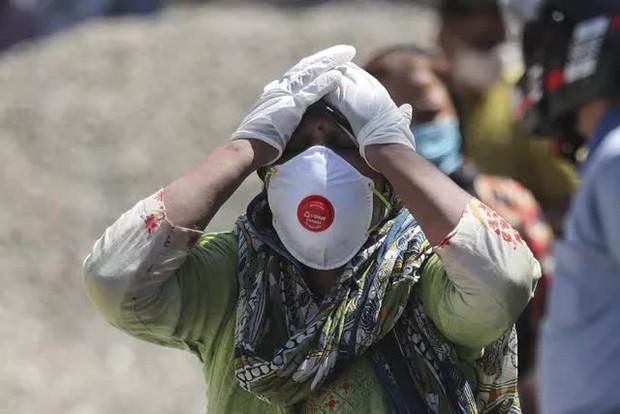 Ấn Độ có hơn 4.000 người tử vong trong 2 ngày liền, số ca nhiễm/ngày cao nhất ở Malaysia trong 3 tháng - Ảnh 1.
