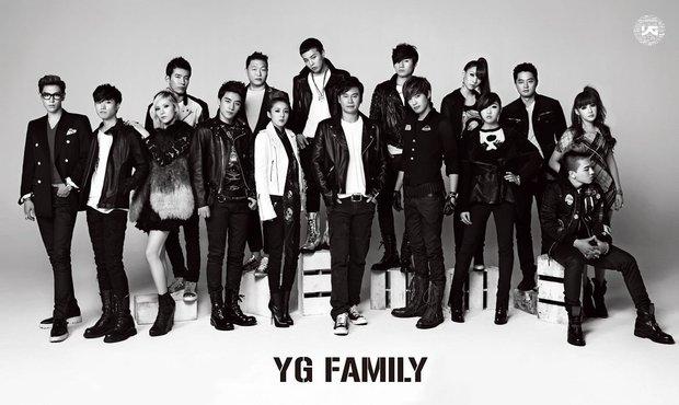 Bồi hồi nhìn lại bức ảnh YG Family 10 năm trước giờ đã mất đi 12 người, chỉ còn lại BIGBANG mà thôi - Ảnh 3.