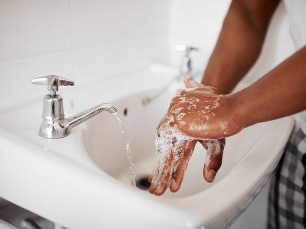 6 vùng trên cơ thể cần được làm sạch đúng cách, nhiều người không biết vẫn làm sai mà chẳng hay - Ảnh 6.