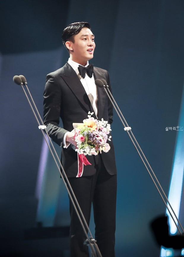 Ảnh Đế Yoo Ah In: Thoát mác bạn thân Song Hye Kyo để làm Ngựa điên xuất chúng màn ảnh Hàn - Ảnh 7.