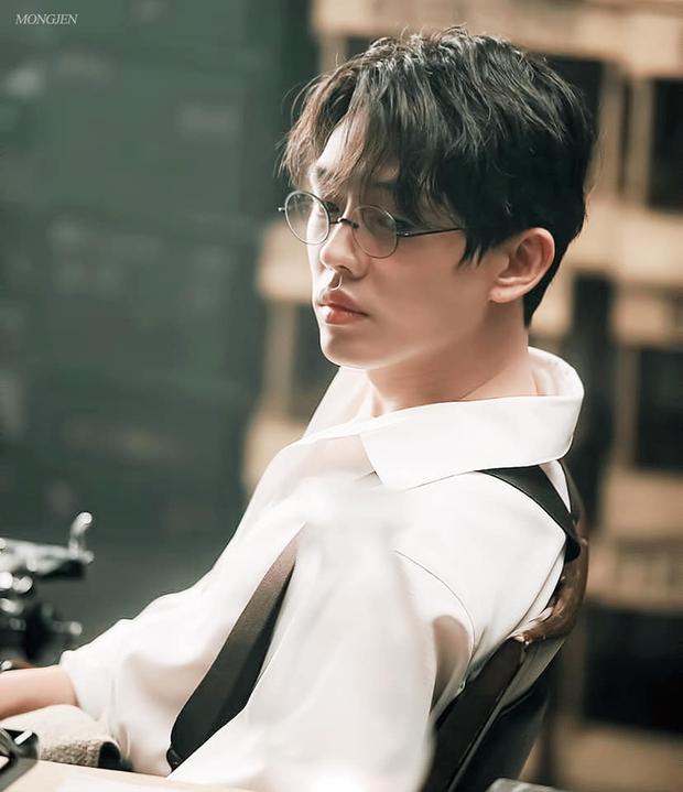 Ảnh Đế Yoo Ah In: Thoát mác bạn thân Song Hye Kyo để làm Ngựa điên xuất chúng màn ảnh Hàn - Ảnh 8.