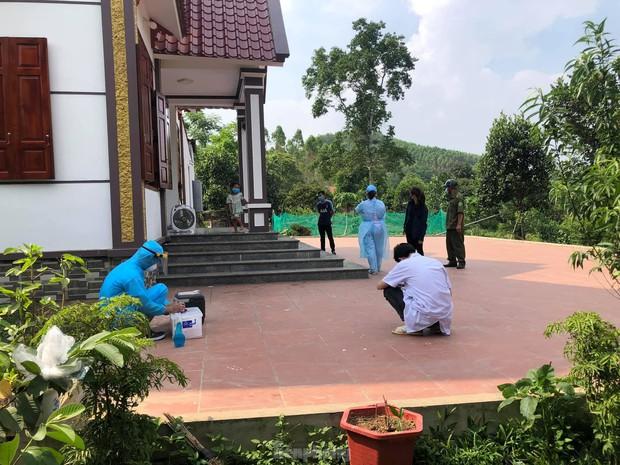 Lạng Sơn: Nữ sinh nhiễm COVID-19, hàng loạt giáo viên, học sinh cách ly  - Ảnh 3.