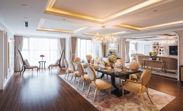 Biệt thự trên không rộng 300m2 của vợ chồng Hà Nội: Giá trị 13 tỷ đồng, phong cách tân cổ điển vừa sang vừa hút mắt - Ảnh 5.