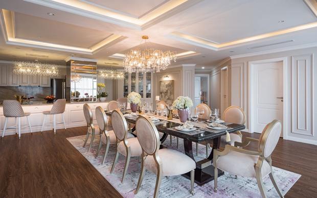 Biệt thự trên không rộng 300m2 của vợ chồng Hà Nội: Giá trị 13 tỷ đồng, phong cách tân cổ điển vừa sang vừa hút mắt - Ảnh 6.