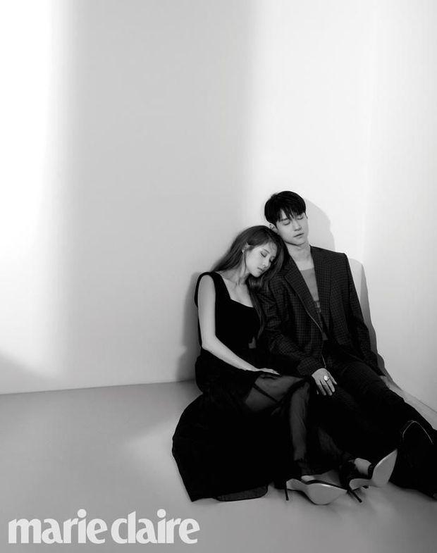 Top ảnh tạp chí đôi đẹp nhất xứ Hàn: Sốc nặng bàn tay hư Yoo Ah In đặt lên body bà cả Thế Giới Hôn Nhân, Hyun Bin - Son Ye Jin đúng huyền thoại - Ảnh 17.