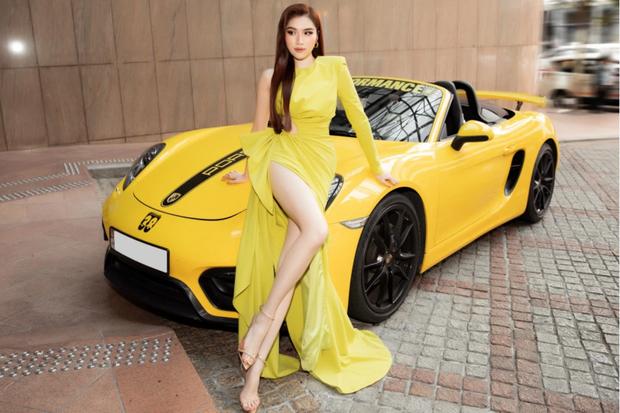 Soi siêu xe mui trần sang chảnh của nữ MC đài VTV, giá hơn 5 tỷ đồng và luôn nổi bần bật trên phố - Ảnh 6.
