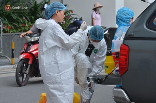 3 người trong gia đình trên chuyến bay VN160 dương tính SARS-CoV-2 - Ảnh 1.