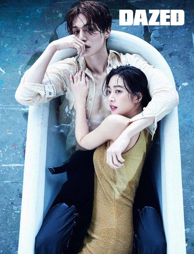 Top ảnh tạp chí đôi đẹp nhất xứ Hàn: Sốc nặng bàn tay hư Yoo Ah In đặt lên body bà cả Thế Giới Hôn Nhân, Hyun Bin - Son Ye Jin đúng huyền thoại - Ảnh 11.