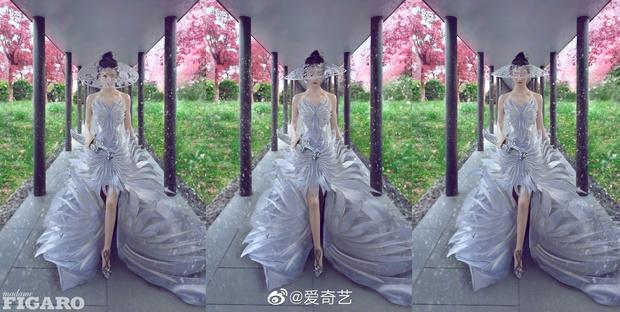 Quên ngay bộ ảnh vô hồn chụp với đàn chị đi, đây mới là loạt khung hình đẹp thần sầu của Triệu Lệ Dĩnh khiến Weibo nức nở - Ảnh 10.