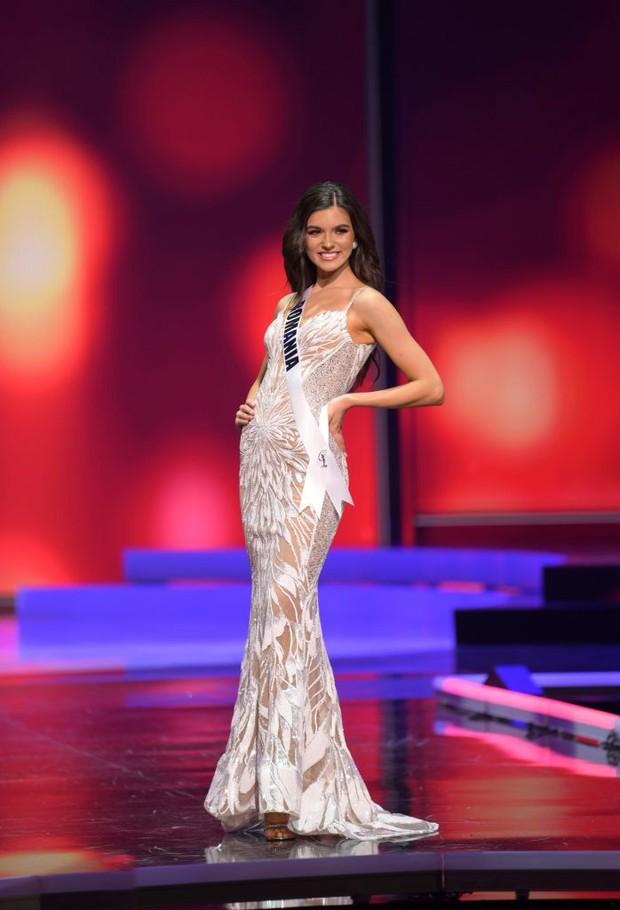 Missosology công bố top 15 trang phục dạ hội đẹp nhất Miss Universe 2020, Khánh Vân thể hiện xuất sắc có đủ sức leo top? - Ảnh 4.