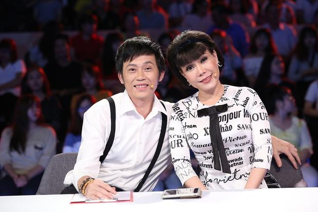 Phủ sóng từ TikTok, YouTube đến gameshow, NS Hoài Linh đang có cú trở lại mạnh mẽ hơn bao giờ hết? - Ảnh 7.