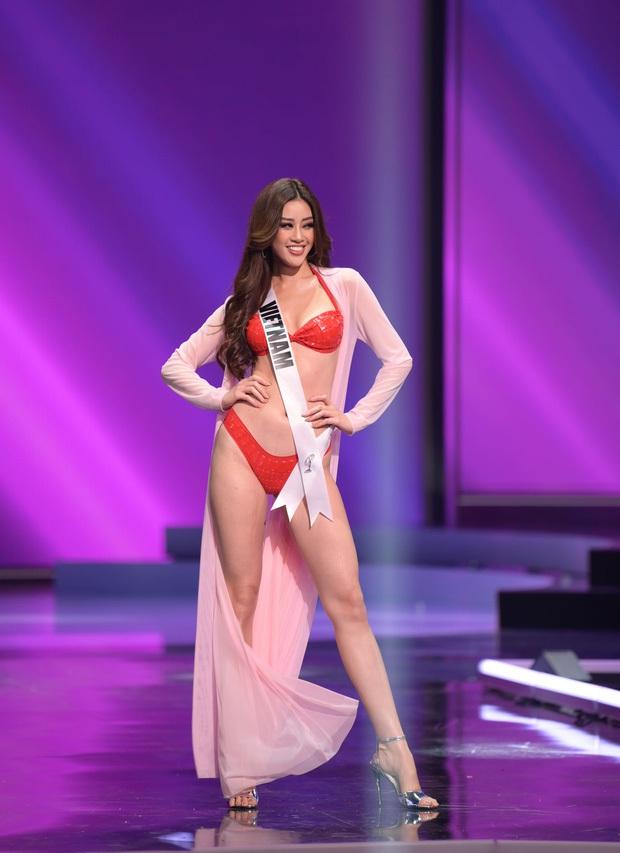 Khánh Vân bỗng bị tố copy màn thi dạ hội của HHen Niê năm nào ở Miss Universe từ dáng xoay đến trang phục? - Ảnh 6.