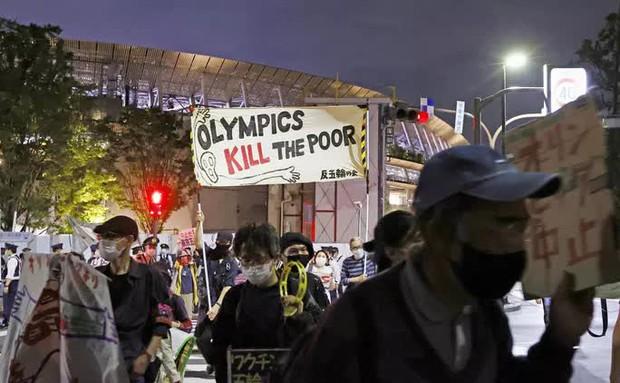 Bất an với Covid-19, người dân Nhật Bản đòi hủy Thế vận hội Tokyo - Ảnh 4.