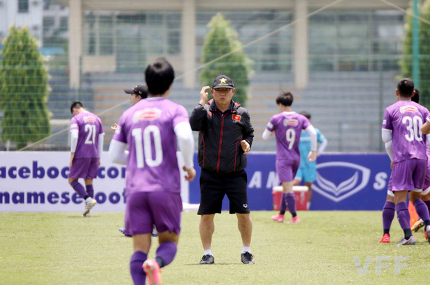 Văn Hậu báo tin vui cho HLV Park Hang-seo, Xuân Trường vẫn tập riêng - Ảnh 7.