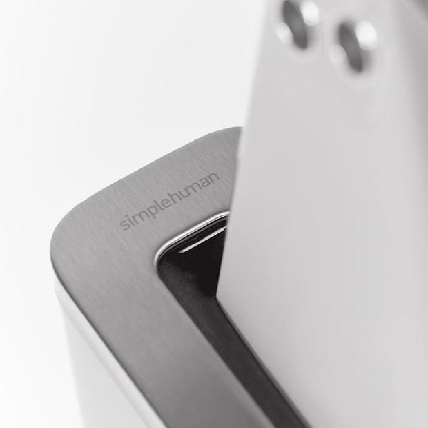 Lác mắt trước máy khử khuẩn iPhone dành cho dân chơi hệ thừa tiền, thiết kế chanh sả, nhưng hiệu quả thì sao? - Ảnh 7.